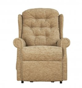 Celebrity Woburn Compact Manual Recliner Chair
