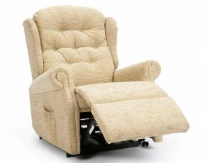 Celebrity Woburn Standard Single Motor Recliner Chair